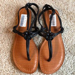New! Gianni Bini Black knot sandals- 7.5    NWT